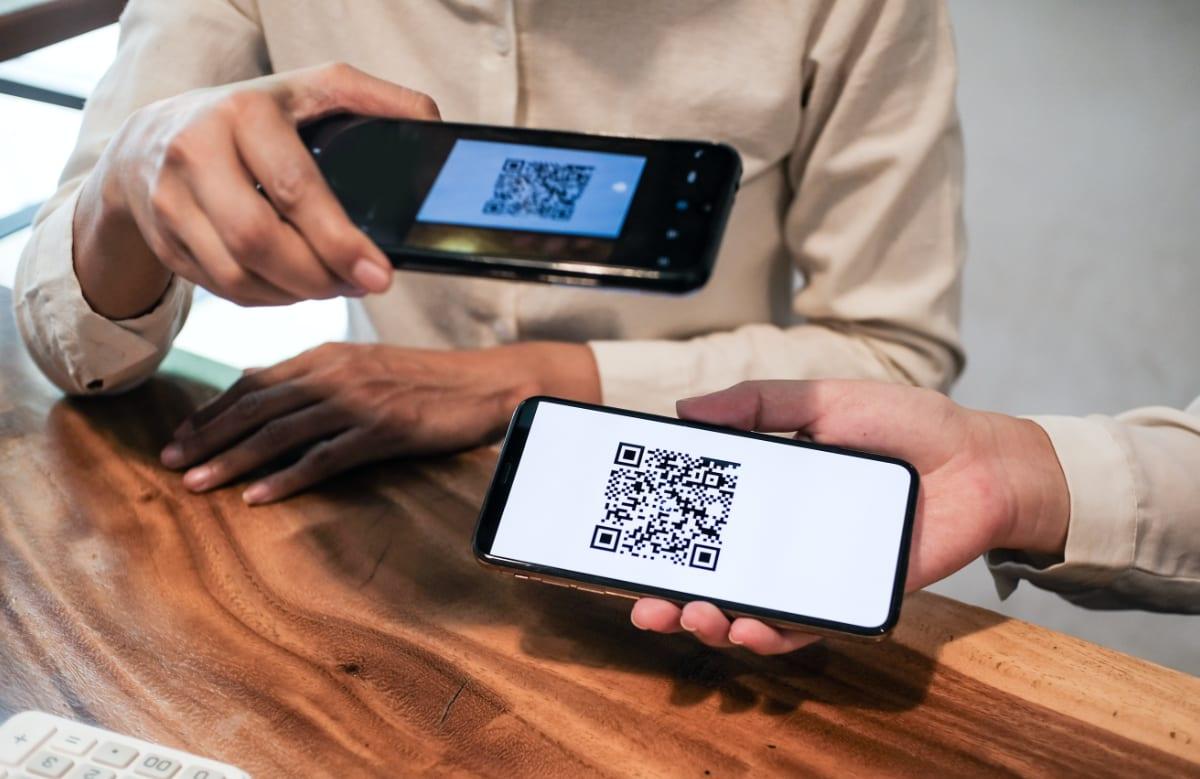 QR-Code-Lesen auf Mobiltelefon